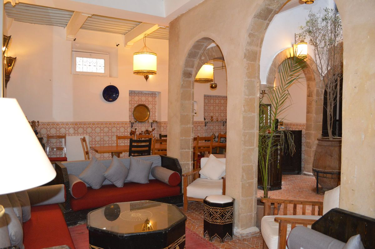 18-09-06-VR  Amazing riad 400 m² with Jacuzzi 's terrace