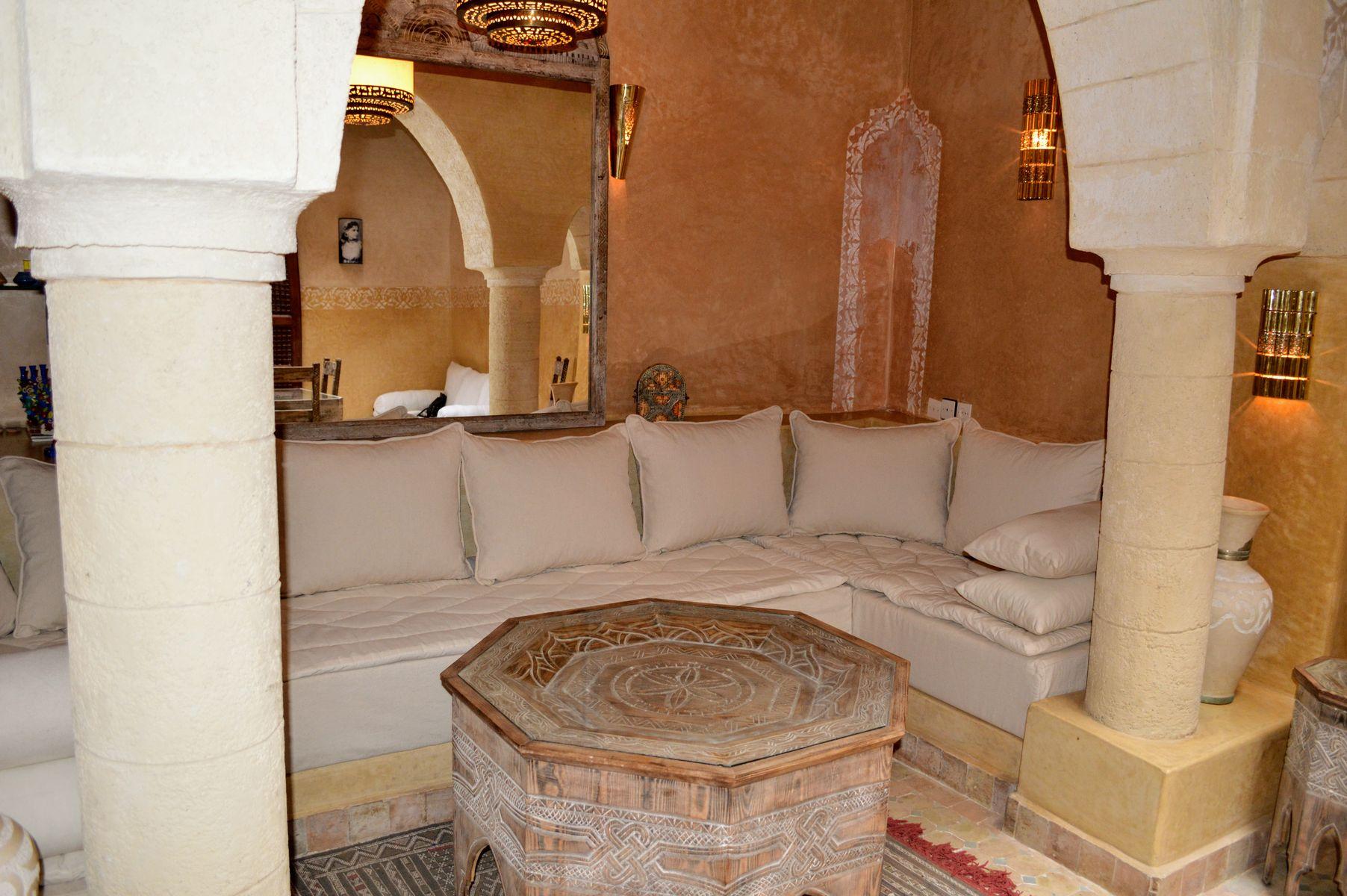 18-02-01-VR Beautiful Riad 160 m²