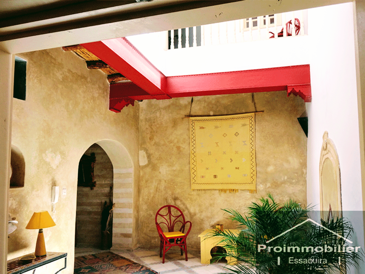 21-08-13-VR Amazing riad for sale in Essaouira in the medina of 275m² with sea view