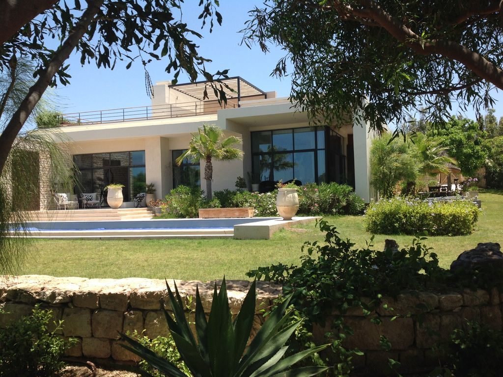 19-01-03-VV Exceptionnal Villa on Golf Mogador 390m² Jardin 2792m²