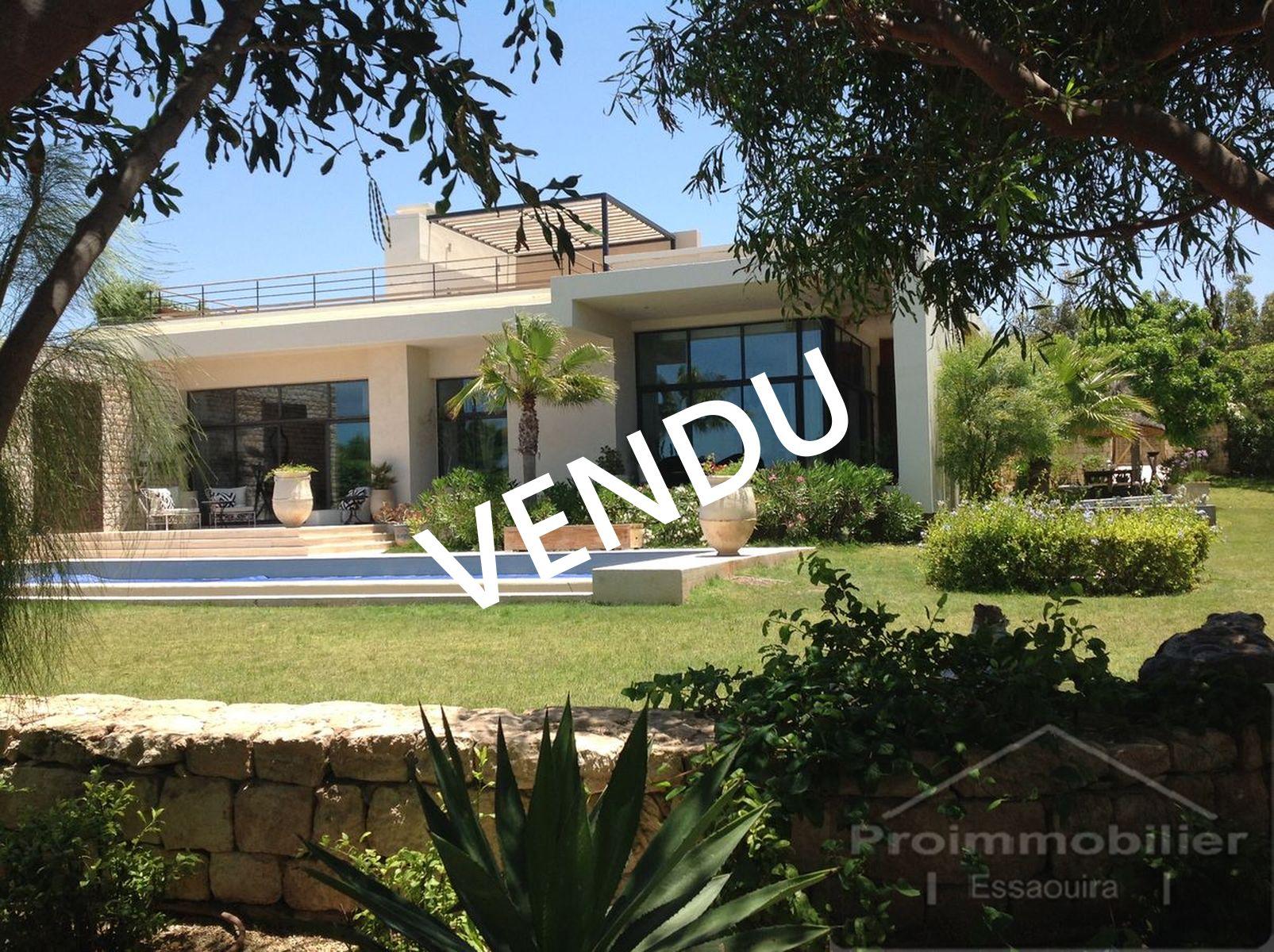 19-01-03-VV Exceptionnal Villa on Golf Mogador 390m² Jardin 2792m²
