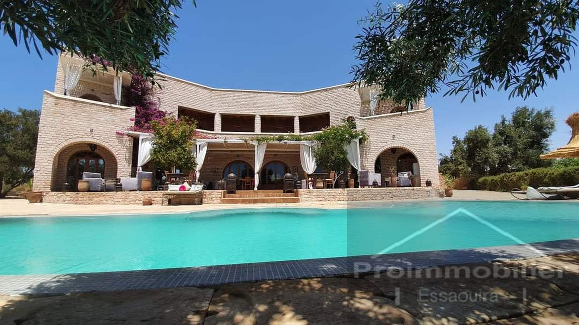 17-01-05-VM Amazing Luxury villa for sale in Essaouira 900m² Garden 10000m²
